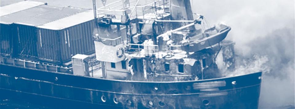 vrachtschip brand